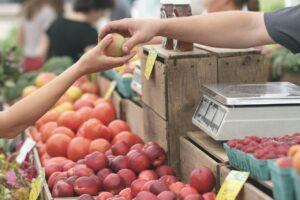 顧客との取引リンゴ